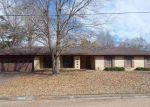 Foreclosed Home in Jackson 39211 5824 N DALE ST - Property ID: 4265713