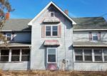 Foreclosed Home in Winnebago 61088 14805 EDWARDSVILLE RD - Property ID: 4266269