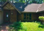 Foreclosed Home in Zephyrhills 33540 7546 23RD ST - Property ID: 4266446
