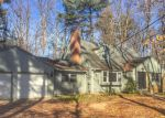 Foreclosed Home in Avon 6001 104 MORAVIA RD - Property ID: 4266572