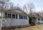 Foreclosed Home in New Milford 6776 9 ELIZABETH LN - Property ID: 4266646