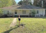 Foreclosed Home in Bauxite 72011 5811 BAUXITE HWY - Property ID: 4266845