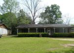 Foreclosed Home in Mobile 36693 2401 PAVAN DR - Property ID: 4267015