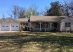 Foreclosed Home in Wagoner 74467 802 N PARKINSON AVE - Property ID: 4267190