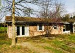 Foreclosed Home in Johnson City 37601 153 HILLMONT DR - Property ID: 4267713