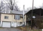 Foreclosed Home in Chicora 16025 330 KAYLOR FROGTOWN RD - Property ID: 4268172