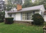 Foreclosed Home in Fenton 48430 10472 N FENTON RD - Property ID: 4268368