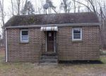 Foreclosed Home in Newtonville 8346 636 6TH RD - Property ID: 4268618