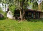 Foreclosed Home in Jeffersonville 47130 905 SPRINGDALE DR - Property ID: 4270142