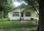 Foreclosed Home in Houston 77020 715 ZOE ST - Property ID: 4270223