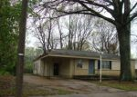 Foreclosed Home in Memphis 38127 3229 MCKELL DR - Property ID: 4270232