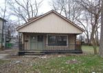 Foreclosed Home in Dearborn Heights 48127 8499 FENTON ST - Property ID: 4270343