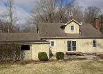 Foreclosed Home in Alton 62002 1601 ROCK SPRINGS DR - Property ID: 4270365