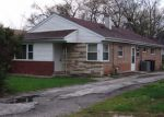 Foreclosed Home in Harvey 60426 284 CALUMET BLVD - Property ID: 4270370