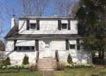 Foreclosed Home in Gibbstown 8027 170 HARMONY RD - Property ID: 4270659