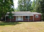 Foreclosed Home in Goldsboro 27530 504 SUMMERLIN DR - Property ID: 4271172