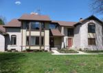 Foreclosed Home in Clinton Township 48038 20459 VILLA GRANDE CIR - Property ID: 4271387