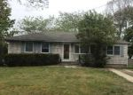 Foreclosed Home in Oakdale 11769 110 MICHAEL RD - Property ID: 4271710