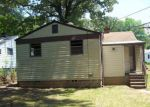 Foreclosed Home in Fairfield 35064 6516 FOREST DR - Property ID: 4272058