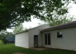 Foreclosed Home in Farmland 47340 304 E CHURCH ST - Property ID: 4272246