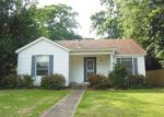 Foreclosed Home in Alexandria 71301 2124 ALBERT ST - Property ID: 4272323