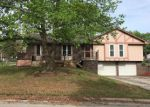 Foreclosed Home in Blue Springs 64015 1013 SW 16TH ST - Property ID: 4272500