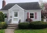 Foreclosed Home in Clifton 7011 45 GRANT AVE - Property ID: 4272540