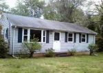 Foreclosed Home in Broad Brook 6016 25 EAST RD - Property ID: 4272636