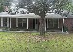 Foreclosed Home in Wetumpka 36092 72 3RD ST - Property ID: 4273145