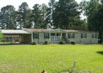 Foreclosed Home in Mooringsport 71060 402 AGURS ST - Property ID: 4273417