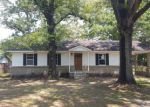 Foreclosed Home in Moss Point 39562 4013 SENTINEL DR - Property ID: 4273515
