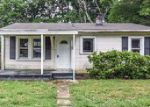 Foreclosed Home in Gastonia 28056 4331 S FALLS ST - Property ID: 4273526