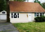 Foreclosed Home in Trenton 8618 954 TERRACE BLVD - Property ID: 4273570