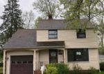 Foreclosed Home in Beachwood 44122 19612 LANBURY AVE - Property ID: 4273652