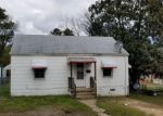 Foreclosed Home in South Hill 23970 708 W MAIN ST - Property ID: 4273931