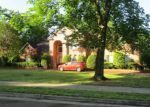 Foreclosed Home in Germantown 38138 8893 POPLAR PIKE - Property ID: 4274023