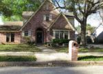 Foreclosed Home in Baytown 77521 3800 SEPTEMBER DR - Property ID: 4275092