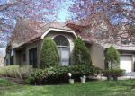 Foreclosed Home in Huntington Station 11746 2 JULIA CIR - Property ID: 4275535