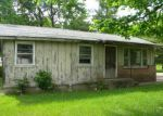 Foreclosed Home in Carbondale 62902 4701 GIANT CITY RD - Property ID: 4276208