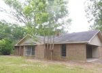 Foreclosed Home in Pineville 71360 235 LACROIX RD - Property ID: 4277563