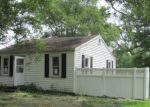 Foreclosed Home in South Roxana 62087 300 PENNSYLVANIA AVE - Property ID: 4277765