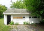 Foreclosed Home in Saginaw 48603 3785 HERMANSAU DR - Property ID: 4278499