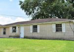Foreclosed Home in Marrero 70072 5917 LOUIS I AVE - Property ID: 4278533