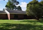 Foreclosed Home in Fayetteville 28314 7013 TIMBERCROFT LN - Property ID: 4279036