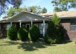 Foreclosed Home in Locust Grove 72550 10 COUNTY LINE RD - Property ID: 4279480
