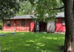 Foreclosed Home in Beaumont 77705 8096 FAIRWAY DR - Property ID: 4280464