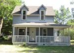 Foreclosed Home in Newton 67114 618 SE 2ND ST - Property ID: 4280809