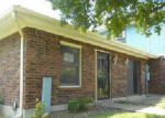 Foreclosed Home in Louisville 40214 3114 MEADOWSIDE CT - Property ID: 4280836