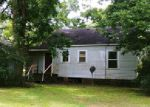 Foreclosed Home in Waynesboro 39367 1108 SPRING ST - Property ID: 4280953