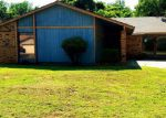 Foreclosed Home in Oklahoma City 73110 3121 DEL REY DR - Property ID: 4281104